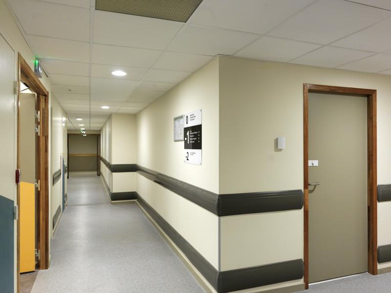 lycée couloir saint chamond